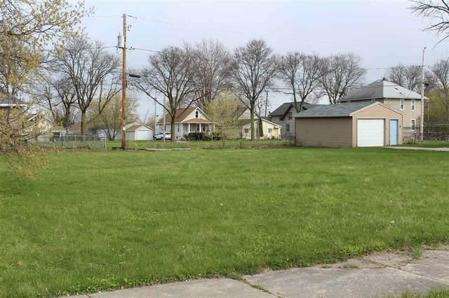 1109 S Chestnut Avenue, Green Bay, WI 54304 (#50238684) :: Ben Bartolazzi Real Estate Inc