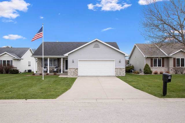 2597 W Settlers Court, Appleton, WI 54914 (#50238697) :: Ben Bartolazzi Real Estate Inc