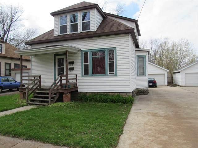 320 S Roosevelt Street, Green Bay, WI 54301 (#50238727) :: Ben Bartolazzi Real Estate Inc