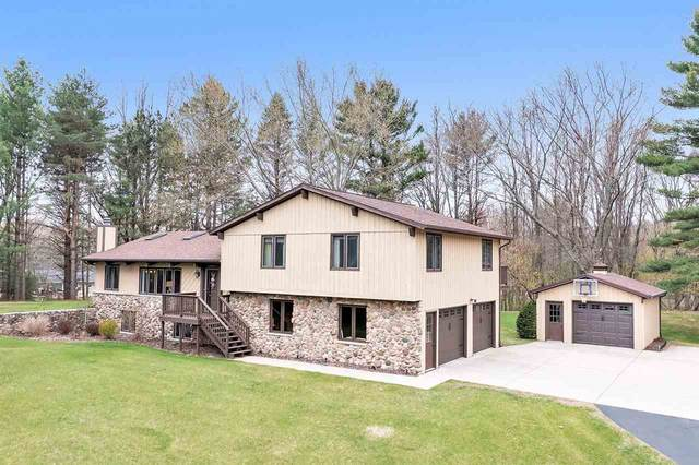 2047 Pine Cone Circle, Green Bay, WI 54313 (#50238728) :: Todd Wiese Homeselling System, Inc.