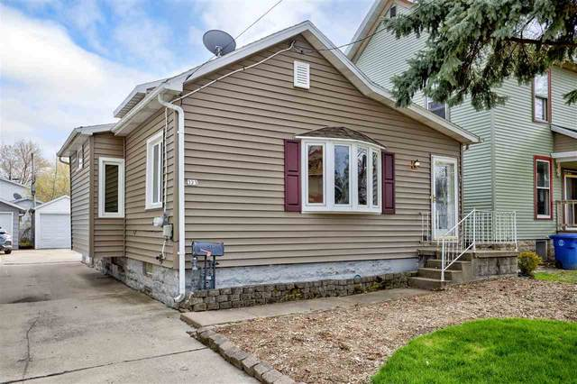 323 W Melvin Avenue, Oshkosh, WI 54901 (#50238739) :: Carolyn Stark Real Estate Team