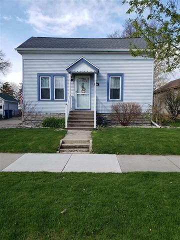 1106 Otter Avenue, Oshkosh, WI 54901 (#50238791) :: Carolyn Stark Real Estate Team