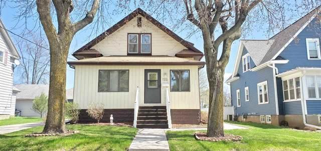 124 Elm Street, Brillion, WI 54110 (#50238800) :: Ben Bartolazzi Real Estate Inc