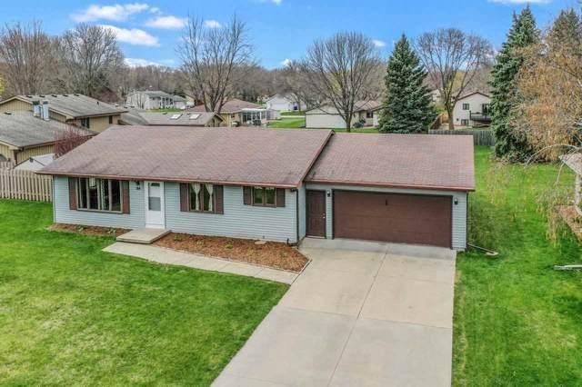 94 Prairie Court, Appleton, WI 54915 (#50238811) :: Carolyn Stark Real Estate Team