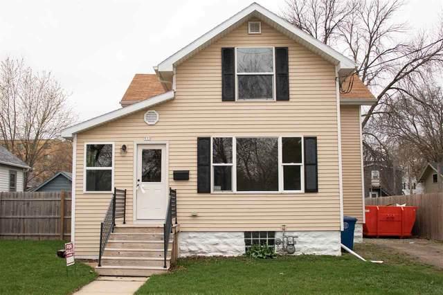 533 Bowen Street, Oshkosh, WI 54901 (#50238831) :: Carolyn Stark Real Estate Team