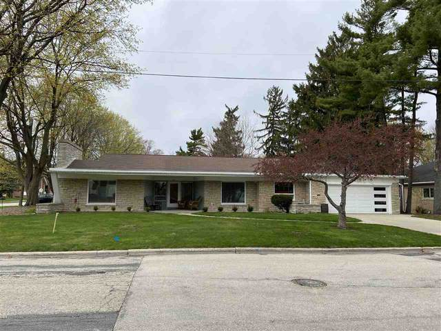 2540 Beaumont Street, Green Bay, WI 54301 (#50238838) :: Carolyn Stark Real Estate Team