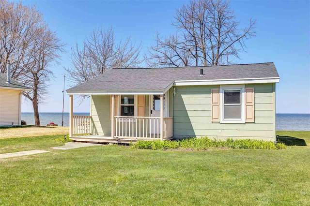 277 Breezy Acres Road, Luxemburg, WI 54217 (#50238893) :: Town & Country Real Estate