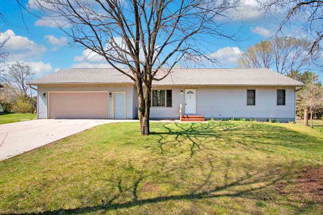 692 S Sandcrest Avenue, Wautoma, WI 54982 (#50238902) :: Ben Bartolazzi Real Estate Inc