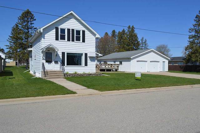 111 Sargent Avenue, Oconto, WI 54153 (#50238916) :: Todd Wiese Homeselling System, Inc.