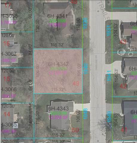 1940 Treeland Drive, Green Bay, WI 54304 (#50238930) :: Town & Country Real Estate