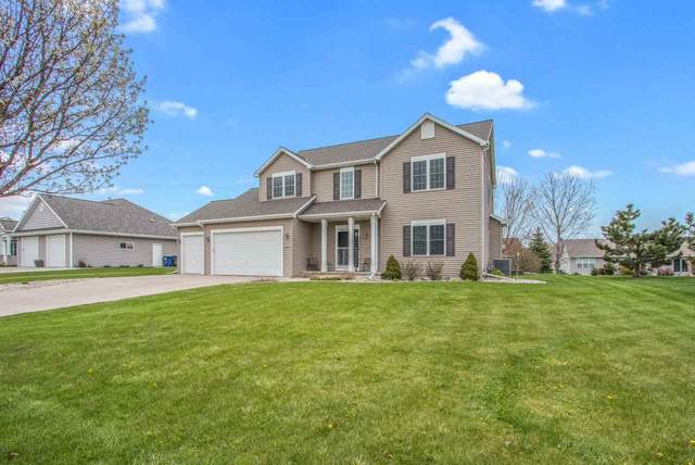 N2446 Chapel Hill Drive, Greenville, WI 54942 (#50239124) :: Ben Bartolazzi Real Estate Inc