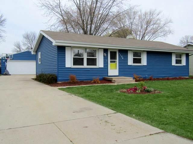 1124 Melissa Street, Menasha, WI 54952 (#50239127) :: Ben Bartolazzi Real Estate Inc