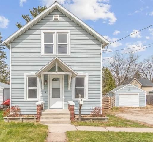 713 Desnoyer Street, Kaukauna, WI 54130 (#50239237) :: Ben Bartolazzi Real Estate Inc