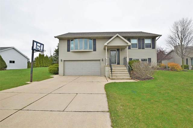 517 Prairie Lane, Luxemburg, WI 54217 (#50239291) :: Town & Country Real Estate