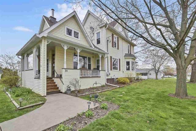 211 Sally Street, Seymour, WI 54165 (#50239324) :: Ben Bartolazzi Real Estate Inc