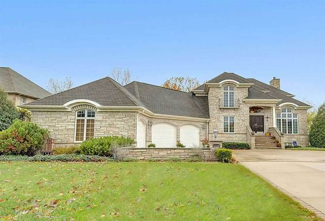 N7893 Edgewater Court, Sherwood, WI 54169 (#50239332) :: Todd Wiese Homeselling System, Inc.