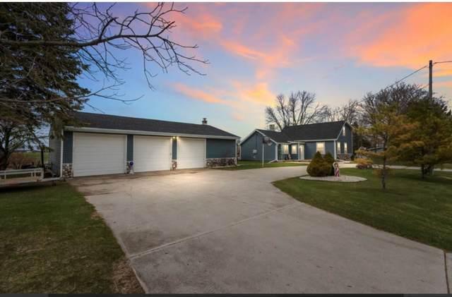 E3557 Hwy J, Kewaunee, WI 54216 (#50239336) :: Ben Bartolazzi Real Estate Inc