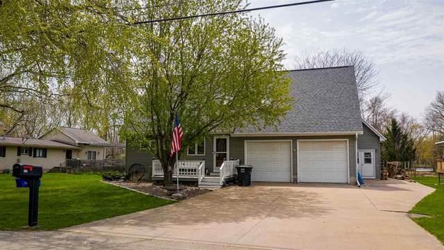 520 E River Drive, Omro, WI 54963 (#50239395) :: Carolyn Stark Real Estate Team