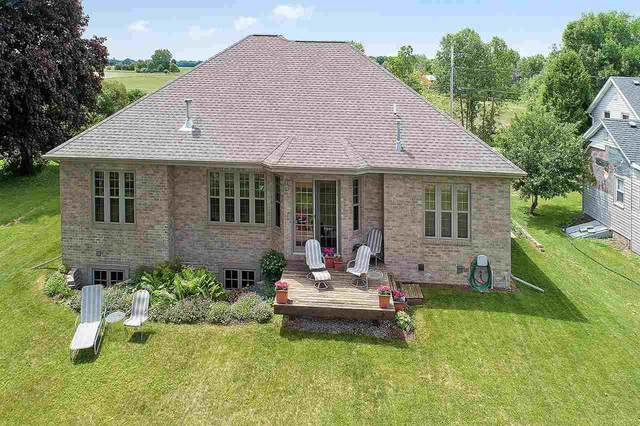 7812 S Hwy 45, Oshkosh, WI 54902 (#50239434) :: Todd Wiese Homeselling System, Inc.