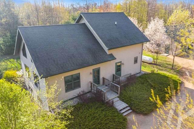 E10678 Woodsman Lane, Clintonville, WI 54929 (#50239437) :: Ben Bartolazzi Real Estate Inc