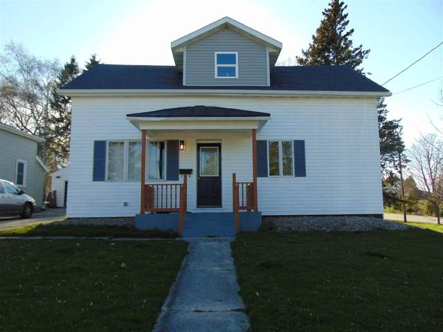 305 3RD Street, Kewaunee, WI 54216 (#50239459) :: Town & Country Real Estate