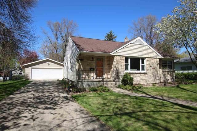 251 17TH Street, Fond Du Lac, WI 54935 (#50239466) :: Carolyn Stark Real Estate Team