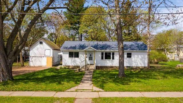 428 5TH Street, Waupaca, WI 54981 (#50239474) :: Ben Bartolazzi Real Estate Inc