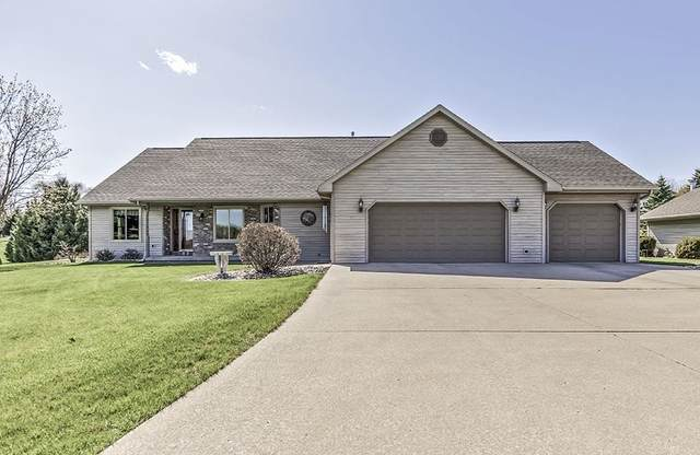 2795 St Pats Drive, Suamico, WI 54313 (#50239521) :: Symes Realty, LLC
