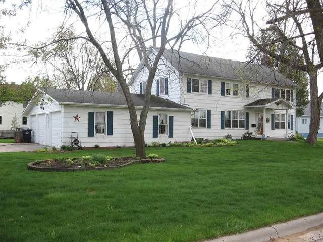 412 N Bartlett Street, Shawano, WI 54166 (#50239566) :: Carolyn Stark Real Estate Team