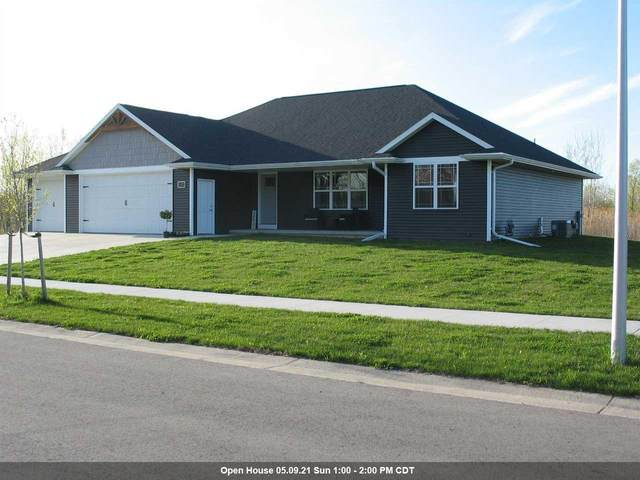 1327 Hunter Avenue, Fond Du Lac, WI 54937 (#50239587) :: Town & Country Real Estate