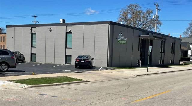 726 Pine Street, Green Bay, WI 54301 (#50239617) :: Symes Realty, LLC