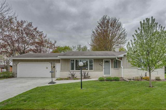 111 Hayes Street, Kaukauna, WI 54130 (#50239624) :: Carolyn Stark Real Estate Team