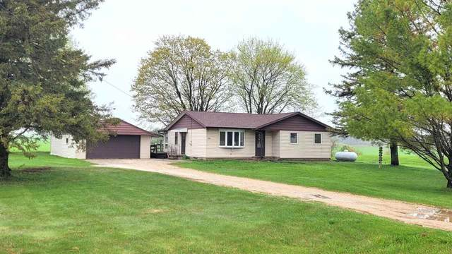 5902 Hwy J, Reedsville, WI 54230 (#50239652) :: Town & Country Real Estate