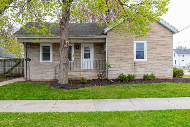1754 Minnesota Street, Oshkosh, WI 54902 (#50239653) :: Town & Country Real Estate