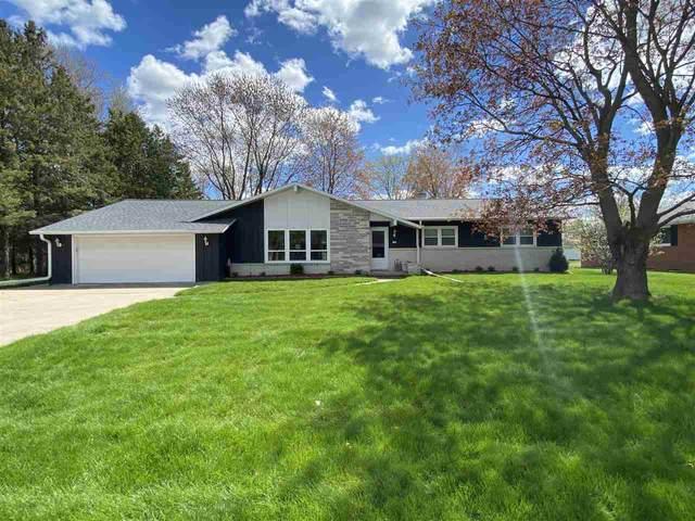 130 Memorial Drive, Pulaski, WI 54162 (#50239656) :: Carolyn Stark Real Estate Team