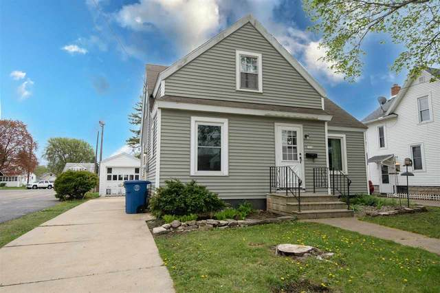 1318 Spruce Street, Oshkosh, WI 54901 (#50239668) :: Town & Country Real Estate