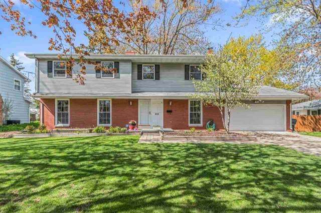 422 Edgewood Drive, Neenah, WI 54956 (#50239696) :: Todd Wiese Homeselling System, Inc.