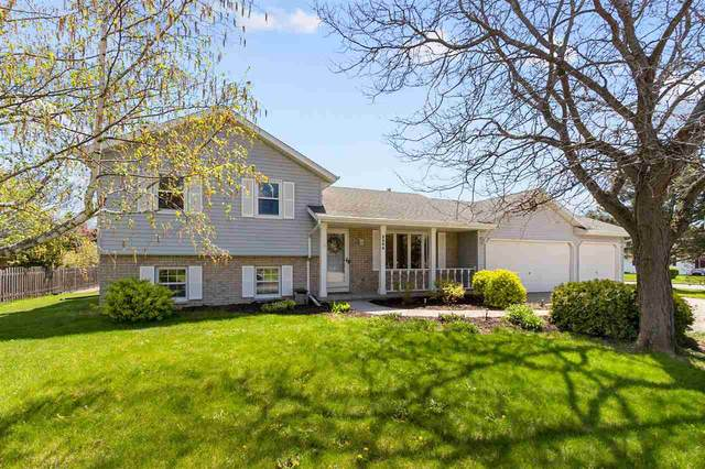 3404 N Suncrest Lane, Appleton, WI 54914 (#50239710) :: Symes Realty, LLC