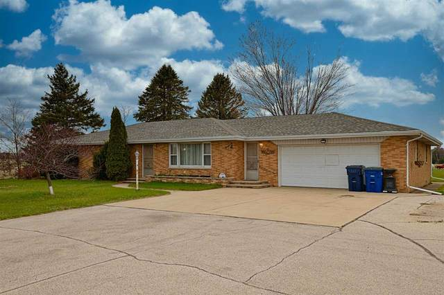 1715 Flowing Wells Court, Suamico, WI 54173 (#50239746) :: Town & Country Real Estate