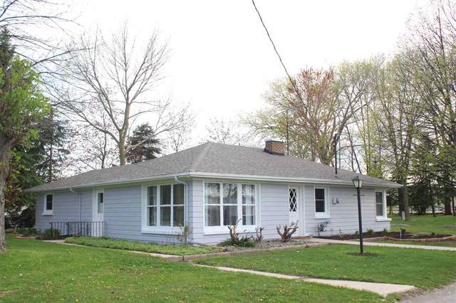 247 S Green Bay Road, Neenah, WI 54956 (#50239747) :: Dallaire Realty