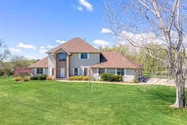 N1613 Linda Lou Drive, Greenville, WI 54942 (#50239757) :: Ben Bartolazzi Real Estate Inc
