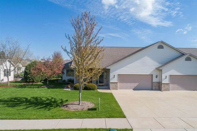 3312 E Fallcreek Lane, Appleton, WI 54913 (#50239766) :: Carolyn Stark Real Estate Team