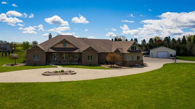 7651 Jacquis Road, Winneconne, WI 54986 (#50239777) :: Carolyn Stark Real Estate Team
