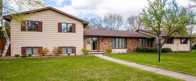 485 Stella Vista Drive, Green Bay, WI 54302 (#50239780) :: Carolyn Stark Real Estate Team