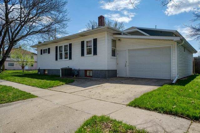 302 13TH Avenue, Green Bay, WI 54303 (#50239785) :: Town & Country Real Estate