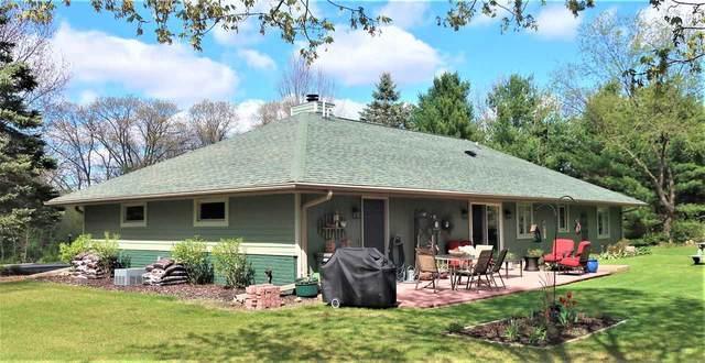 W6737 Porters Lake Road, Wautoma, WI 54982 (#50239800) :: Carolyn Stark Real Estate Team