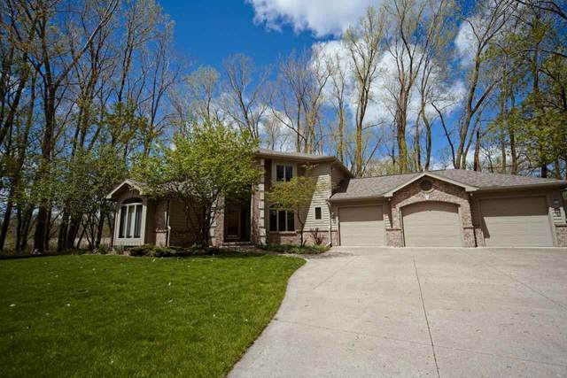 712 Wilderness Court, Neenah, WI 54956 (#50239823) :: Carolyn Stark Real Estate Team