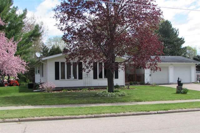 690 N Main Street, Scandinavia, WI 54977 (#50239840) :: Ben Bartolazzi Real Estate Inc