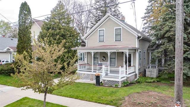 674 Evans Street, Oshkosh, WI 54901 (#50239869) :: Ben Bartolazzi Real Estate Inc