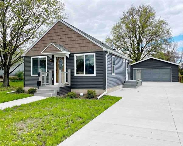 479 4TH Street, Fond Du Lac, WI 54935 (#50239883) :: Ben Bartolazzi Real Estate Inc